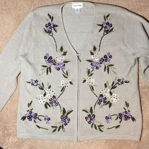 Adorable embroidered zippered cardigan. Size 2X